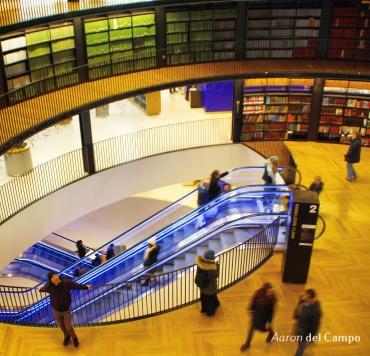 La biblioteca bien merece una visita por su interior y las vistas desde su terraza.